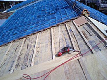 瓦からカラーベストへの葺き替え施工例